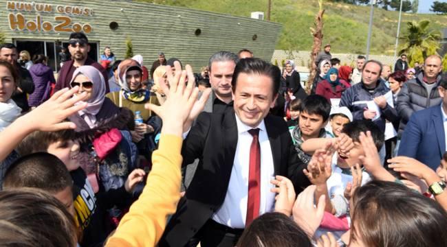 Başkan Yazıcı, 2. Sokak Oyunları Olimpiyatı Şampiyonlarını Ödüllendirdi