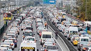 Sizce Haftada Kaç Saatimiz Trafikte Geçiyor?