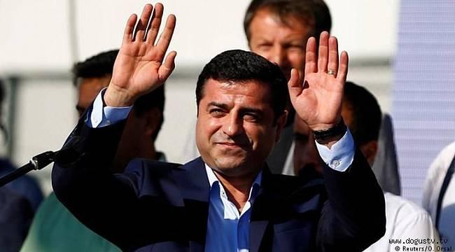 Demirtaş: AKP'liler, bakanlar da yargılansın