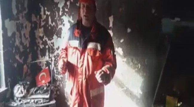 Kül olan evde yanmayan Türk bayrağı itfaiyecileri şaşırttı