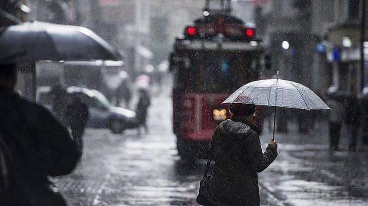 İstanbul hava durumu raporunda sağanak uyarısı! İşte Meteoroloji'nin son hava tahminleri