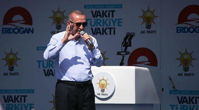 Erdoğan: Varsa böyle bir terbiyesiz karşısında beni bulur