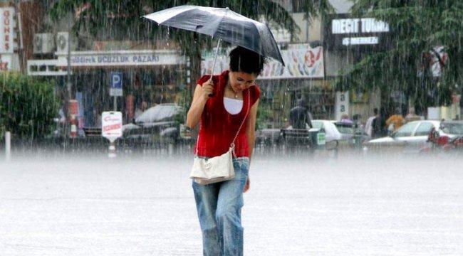 Meteoroloji İstanbul için saat verdi! Bugüne dikkat…