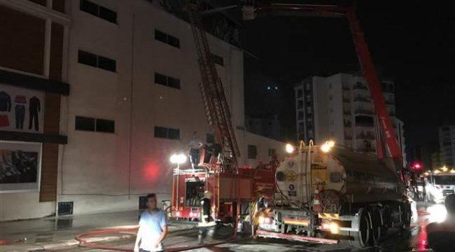 Mersin'de tekstil fabrikasında yangın