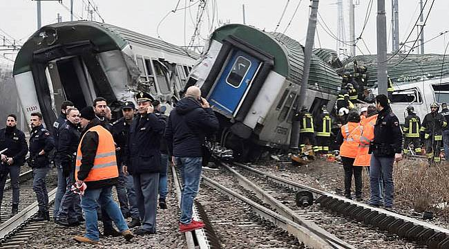Ankara Sincan'da tren yaydan çıktı