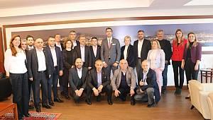 Kartal Belediye Başkanı seçilen Gökhan Yüksel'e tebrik ziyaretleri gelmeye devam ediyor.