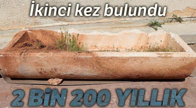 Kapadokya'da 2 bin 200 yıllık lahit bulundu