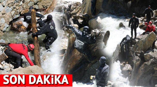 Son dakika... Kayıp gazeteciyi arayan 2 asker suya kapıldı... Acı haber geldi