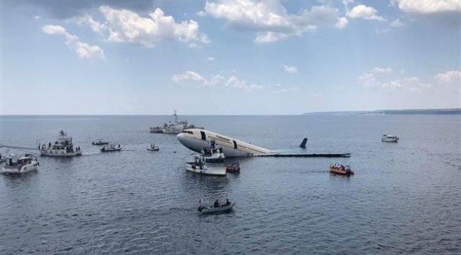 Dev uçak böyle batırıldı