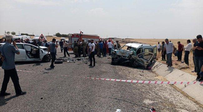 Kara yolunda feci kaza: 2 ölü, 8 yaralı