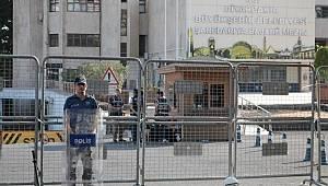 Kayyum kararlarına CHP'den ilk tepki