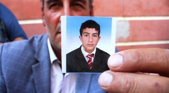 Diyarbakır'daki oturma eylemine katılan baba: Oğlum 20 gün sonra asker olacaktı