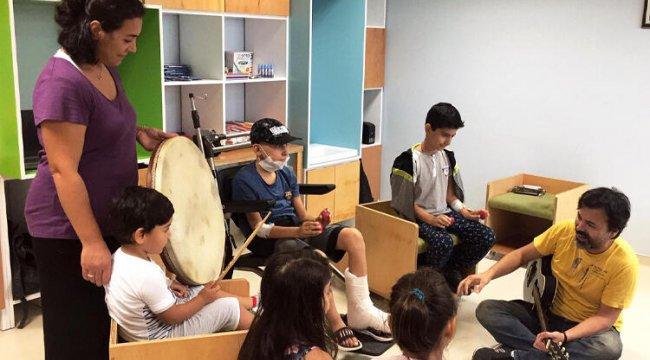 Hasta çocuklara hastanede eğitim desteği