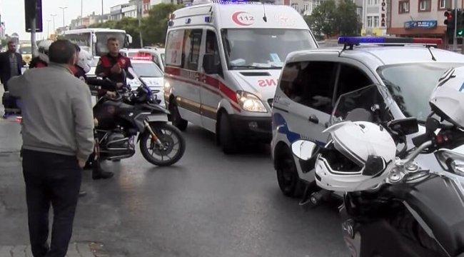 Avcılar'da motosikletli polis kazada yaralandı