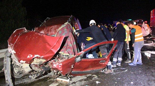 Korkunç kaza: 3 ölü, 2 yaralı