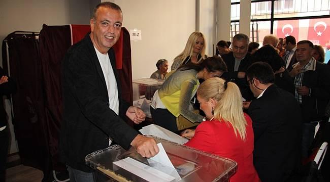 CHP Ataşehir'de delegelerini seçti