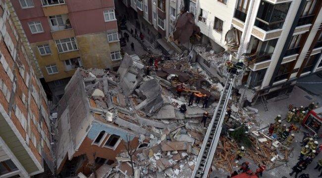 Bahçelievler Belediye Başkanı Hakan Bahadır'dan yıkılan binaya ilişkin açıklama: Demirleri satmak için almışlar