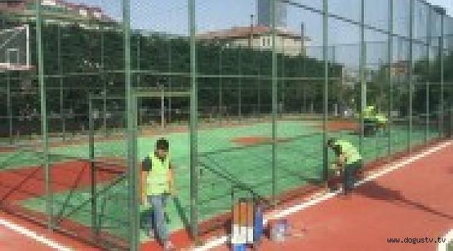 Ümraniye 'de Basketbol Sahaları ve Çocuk Parkları Yenilendi