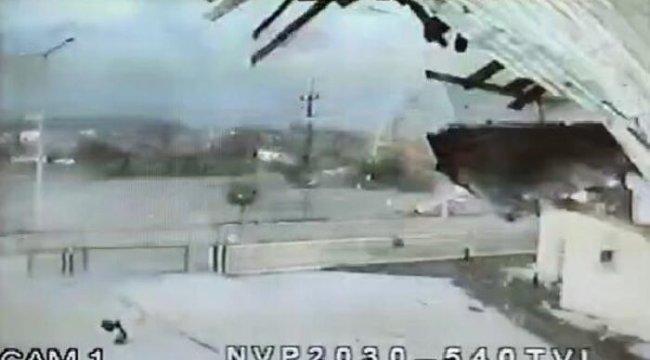 Sivas'ta adliye binasının çatısı uçtu