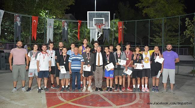 Ödemiş'te Sokak Basketbolu'nda final heyecanı